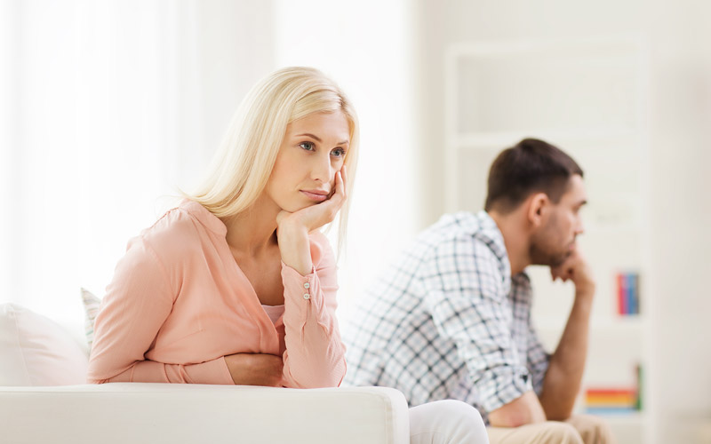 To Stay Or Not To Stay? Pros And Cons Of Moving Out While Divorcing